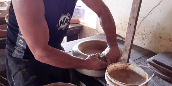 Projeto Mãos Caruanas - Cerâmica