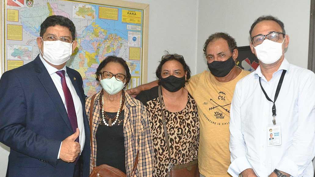 Deputado estadual Orlando Lobato recebeu Pajé Zeneida Lima em seu gabinete